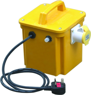 Briticent 110V 1.5kVA Portable Transformer (Twin 16A Outlets + Thermal Cut Out)