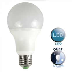 E27 LED Dusk Till Dawn Sensor Bulb White/Frosted