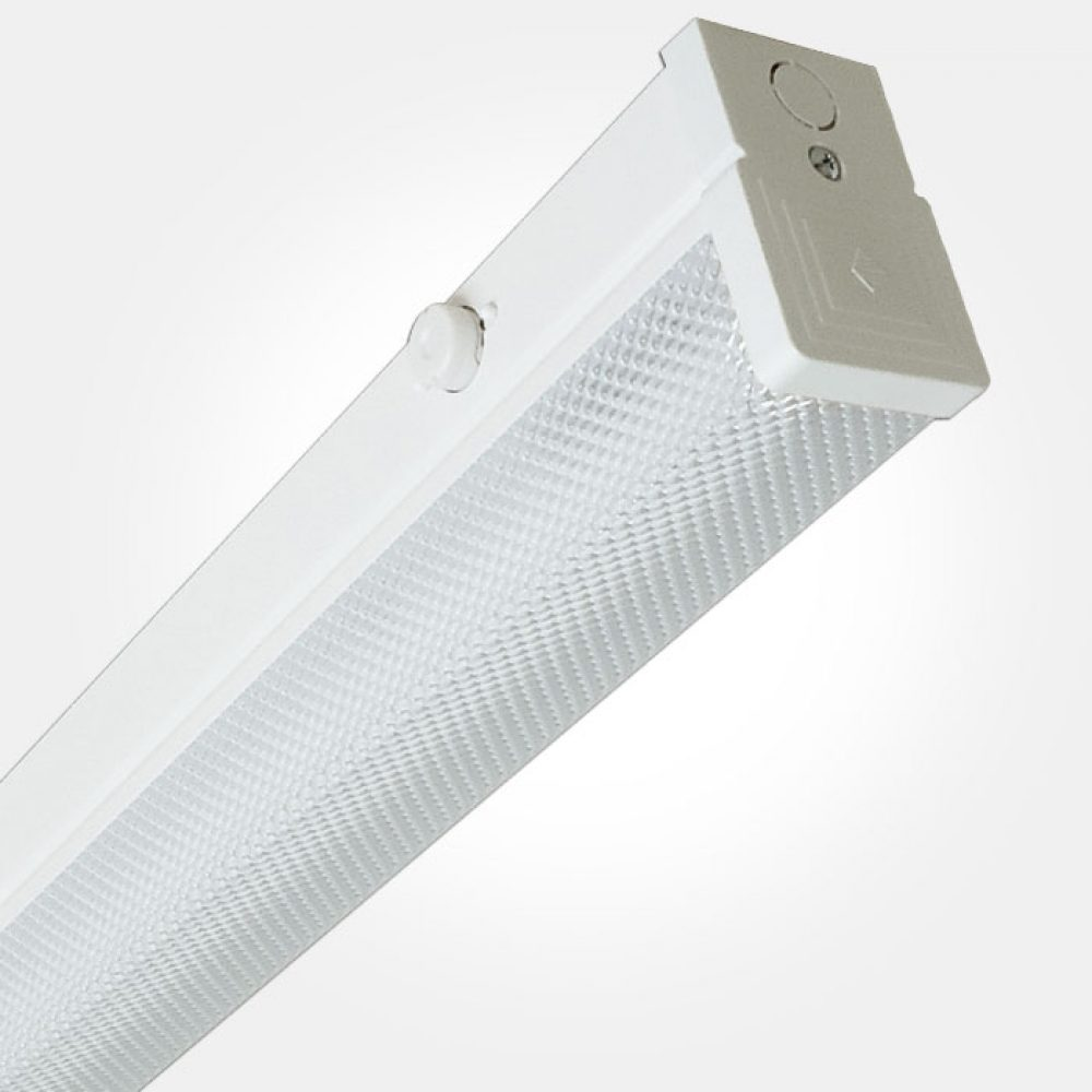 Eterna Ip20 6ft Warm White 70w Single Lpf Switchstart Fluorescent Batten With Diffuser Lamp Included G13 T8 1800mm