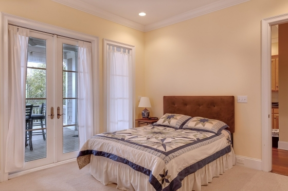 How To Make A Room Seem Bigger With Light